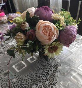 Неувядающий букет из искусственных цветов