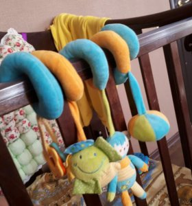 Змейка на кроватку для малыша