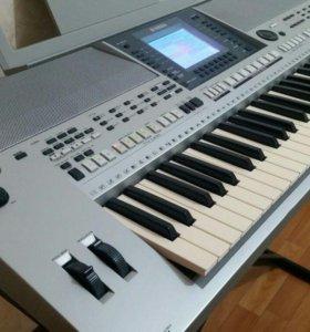 Синтезатор YAMAHA PSR-S700