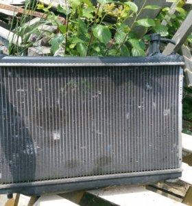 Радиатор охлаждения Mazda Demio D Y 2002 - 2006 г