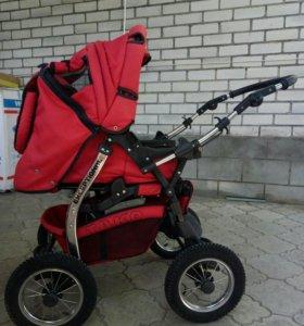 Детская коляска фирмы Tako