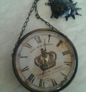 Часы настенные в металлическом корпусе