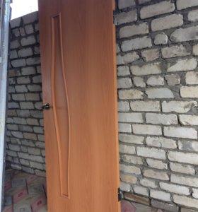 Меж комнатная дверь