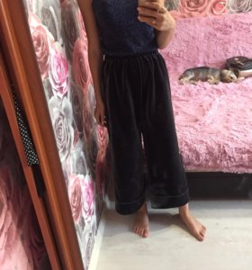 Продаю велюровые брюки