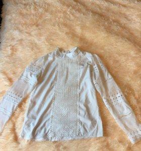 Нежная кружевная блузка