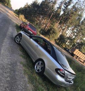 Mercedes Benz clk320w209