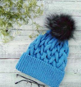 Вязаная шапка, 100% шерсть, помпон натуральный.