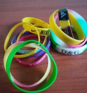 Резиновые браслеты