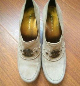 Новые туфли замшевые 38.5-39, FABIANI
