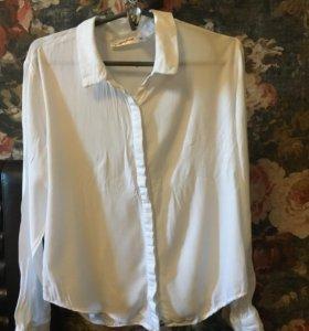 Лёгкая красивая блузка из Gloria jeans