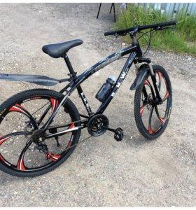 Велосипед Крутой 6 лепестков BMW