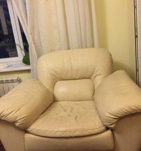 Кресло-качалка с реклайнером из натуральной кожи