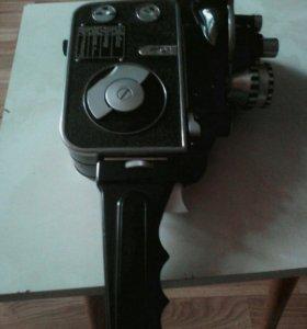 Стариный Фотопарат Нева 2