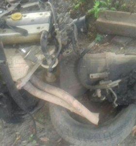 Мотор на опель омега,2 литровый двигатель вместе с