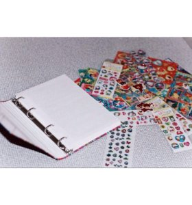 Разноцветная книжка-блокнот + 19 листов наклеек