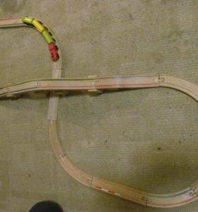 Деревянная железная дорога.