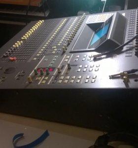 Yamaha 02r цифровой микшер. Всё работает отлично.