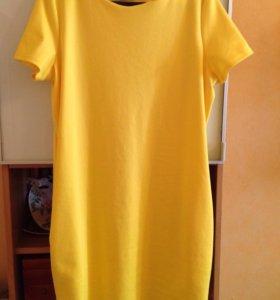 Платье трикотажное, р.50-52, 1500 руб.