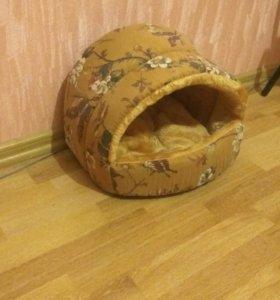 Домик лежанка для собак и кошек