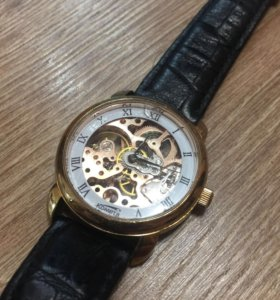 Часы Комета Скелетоны