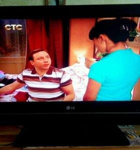ЖК-телевизор LG 26LC51, диагональ 66 см