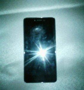 Телефон Micromax Q421