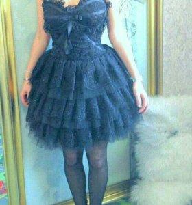 Платье вечернее ,цвет черный ,