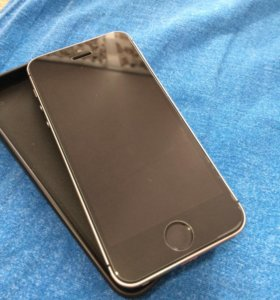 iPhone 5s 16gd space gray