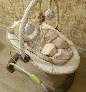 Детский шезлонг-качалка с вибромассажем