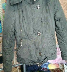 Куртка 42 размер женская короткая