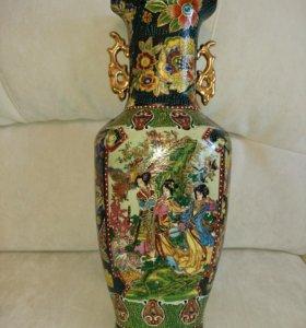 Китайская фарфорофая ваза