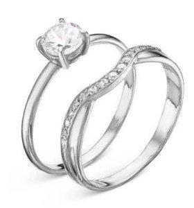 Новое серебряное кольцо с фианитами
