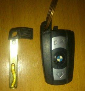 Оригинальный смарт-ключ с тремя кнопками
