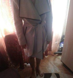 Пальто женское размер 46