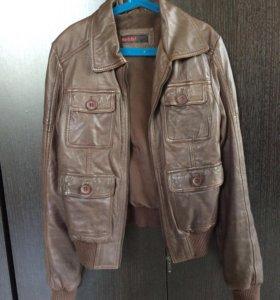 Кожаная куртка neohit