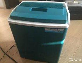 Eltktrolux автомобильный холодильник 12v