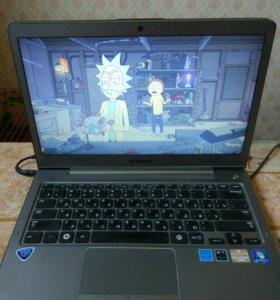 "13.3"" Ноутбук Samsung NP535U3C-A04RU (HD)/Brown"