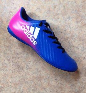 Обувь для футбола Adidas(новые)р.38