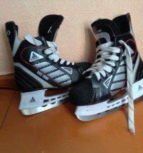 хоккейные коньки Alpha Caprice RGX-1080