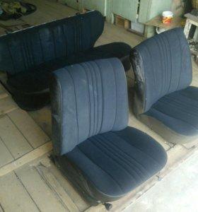 Сиденья передние, задние диван и спинка от 2104 бу