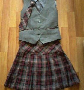 Школьная форма для девочки.