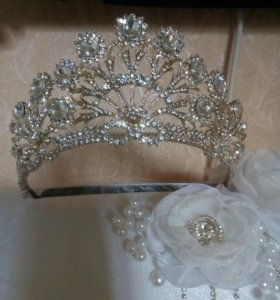 Диадема, корона свадебная