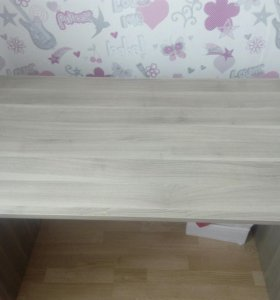 Письменный стол, стол
