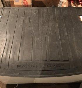 Резиновый ковёр в багажник б/у Range Rover Evoque