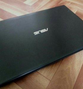 Ноутбук Asus X551