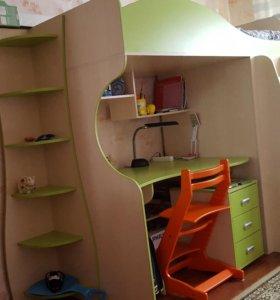 Школьный уголок, кровать-чердак