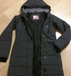 44р. Демисезонное пальто Cropp