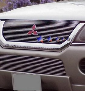 Mitsubishi Pajero Sport накладка на решетку
