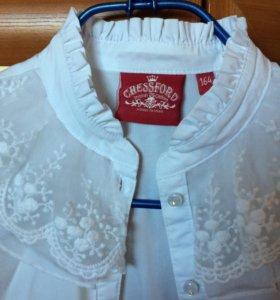 Блуза школьная, состояние отличное.