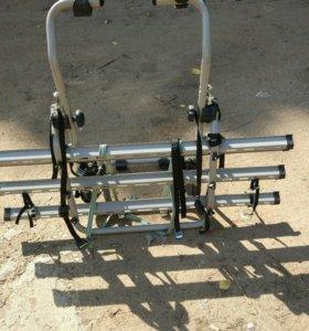 Багажник для перевозки 3 велосипедов, на заднюю дв